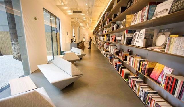 Japan House livros