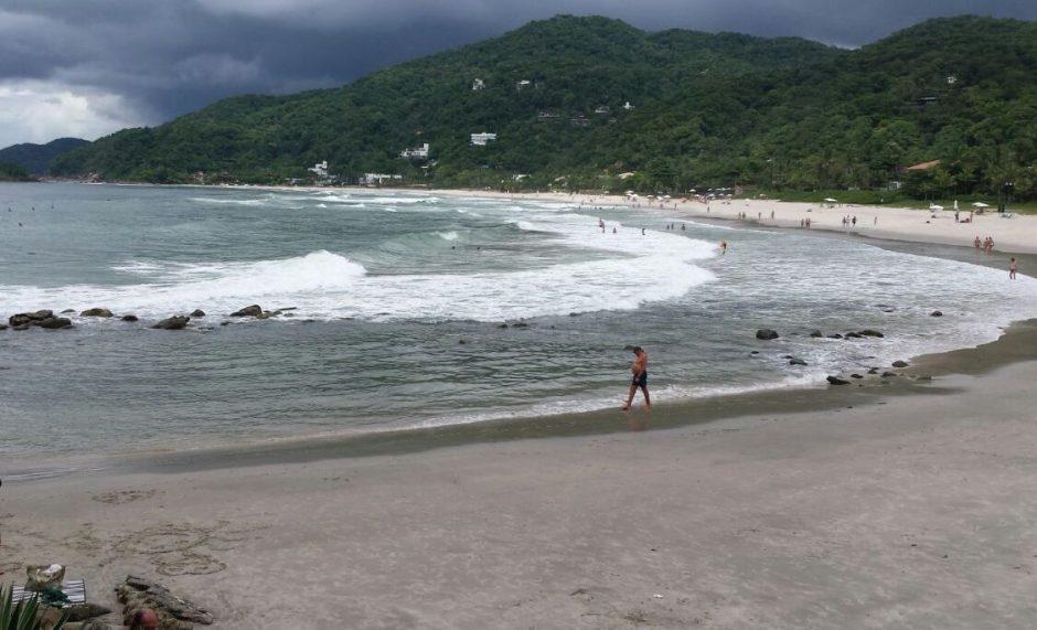 Esta tem mais ondas e mar mais agitado!
