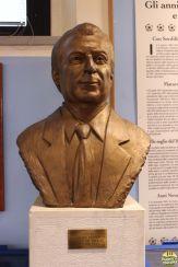 escultura de Artemio Franchi
