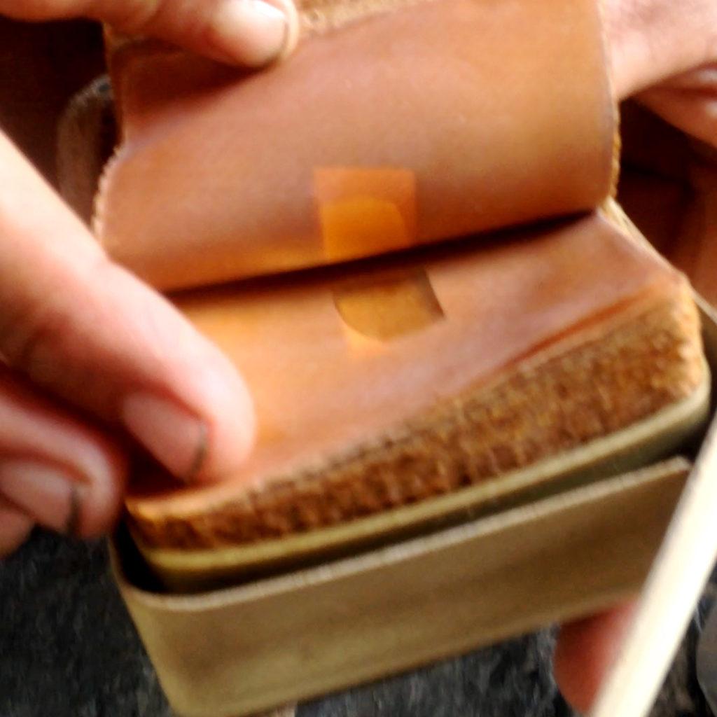 morrison_polkinghorne-gold-leaf-making