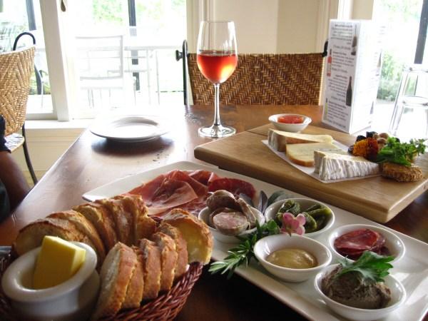 La Veranda rose, charcuterie and cheese