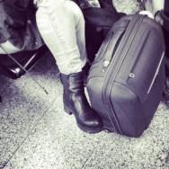 Viajanta by Núria Rodríguez avión, feet, passengers, piessengers,