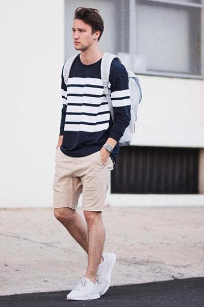 porter un short homme dans un look casual