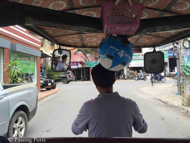 Tuk tuk ride to Killing Fields