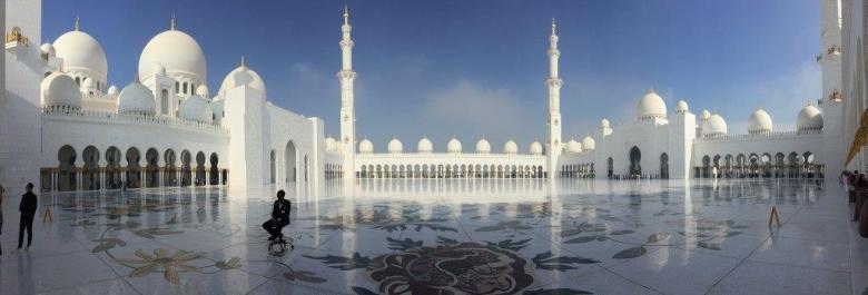 Grand Mosque in Abi Dhabi