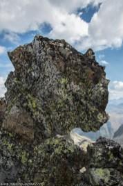 Un beau rocher sur l'arête
