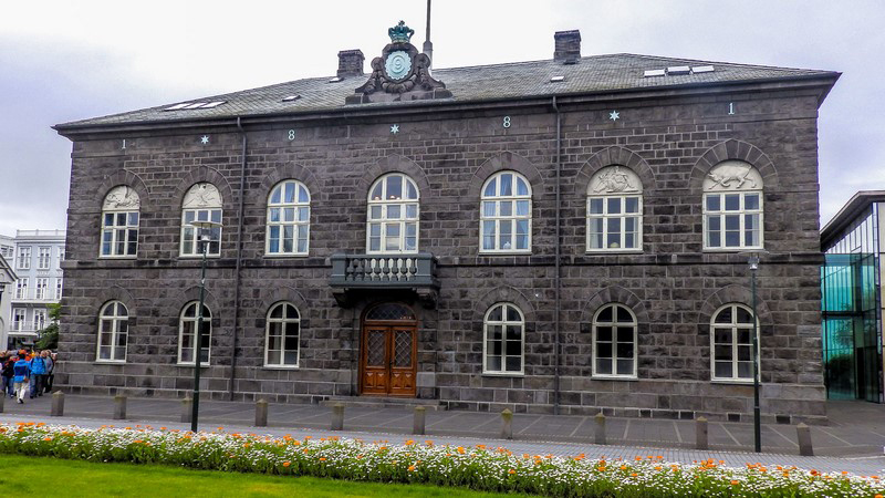 Circuit guidé en Islande, Alpingi, parlement islandais à Reykjavik