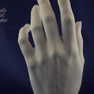 odlew dłoń dorosłej osoby (4)