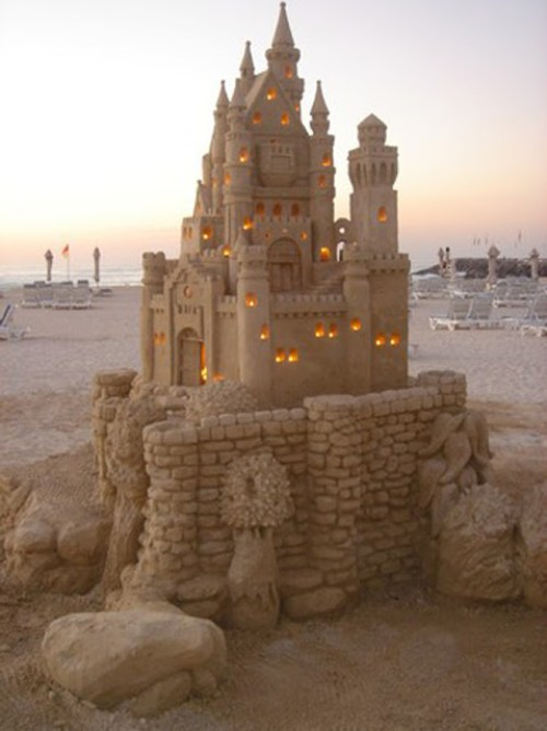 sand-castle-with-lights[1]