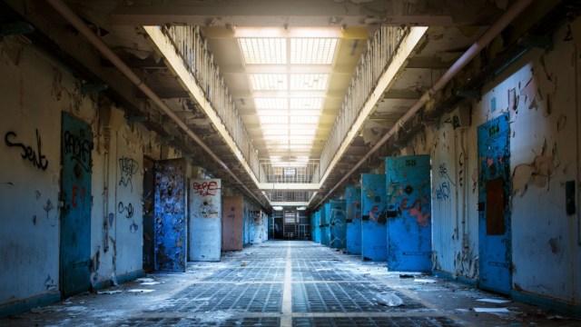 Prison 1 Abandonnée - Rémi Procureur