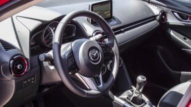 Mazda CX-3 2.0 SKYACTIV-G 150 AWD Innenraum/Cockpit