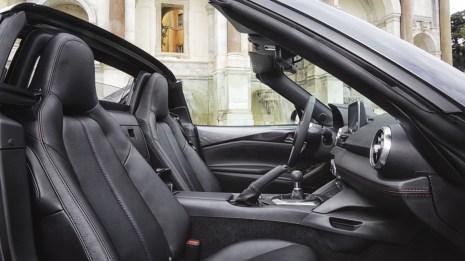 Mazda MX-5 RF (ND) Retractable Fastback Innenraum und Cockpit