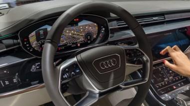 Neues Lenkrad im Audi A8