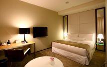Small Hotel Room Design Ideas