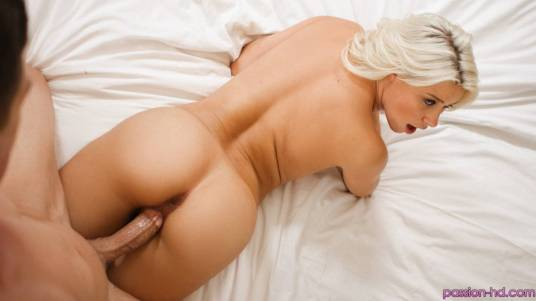 Passion Hd Anikka Albrite in Sex Drive 10