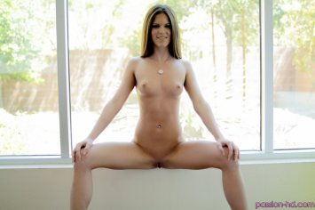 Passion Hd Jenna Jay in Cream Her Throat 18