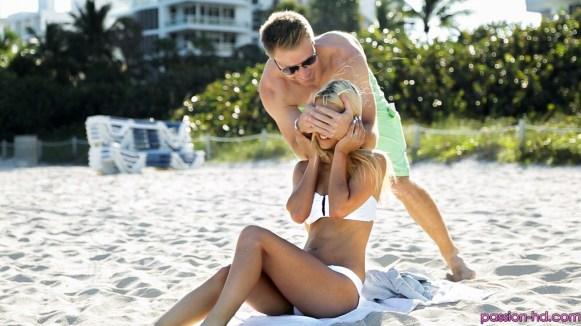 Passion Hd Uma Jolie in Beach Babe 24