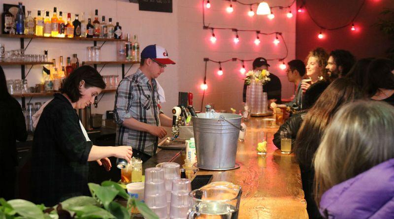Yelp bar Alexandra Platz