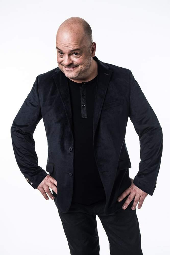 Sylvain-Larocque-humoriste-cabaret-biodegradable-photo-article-Passion-mtl