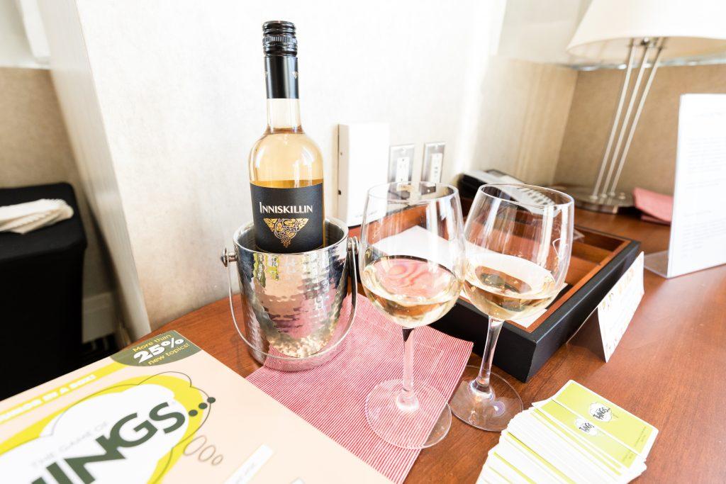 Photo niskillin, pinot grigio et les jeux ludiques meilleurs vins pour décrocher