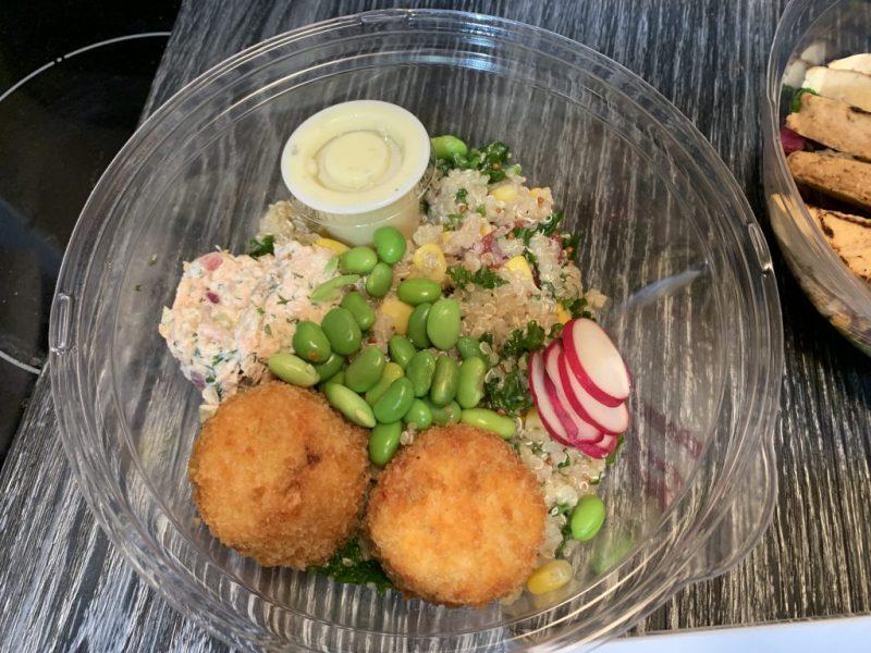 Frais-à-manger-bol de saumon