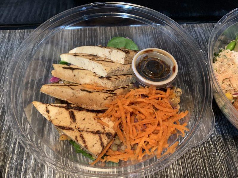 Petits plats livrés chez-vous Frais-à-manger-bol de tofu
