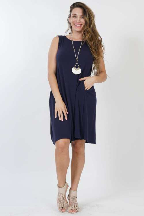 1X PLUS sleeveless side-pocket tunic dress