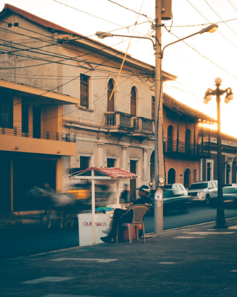 A photo by Jack Crosby of a street vendor in Nicaragua