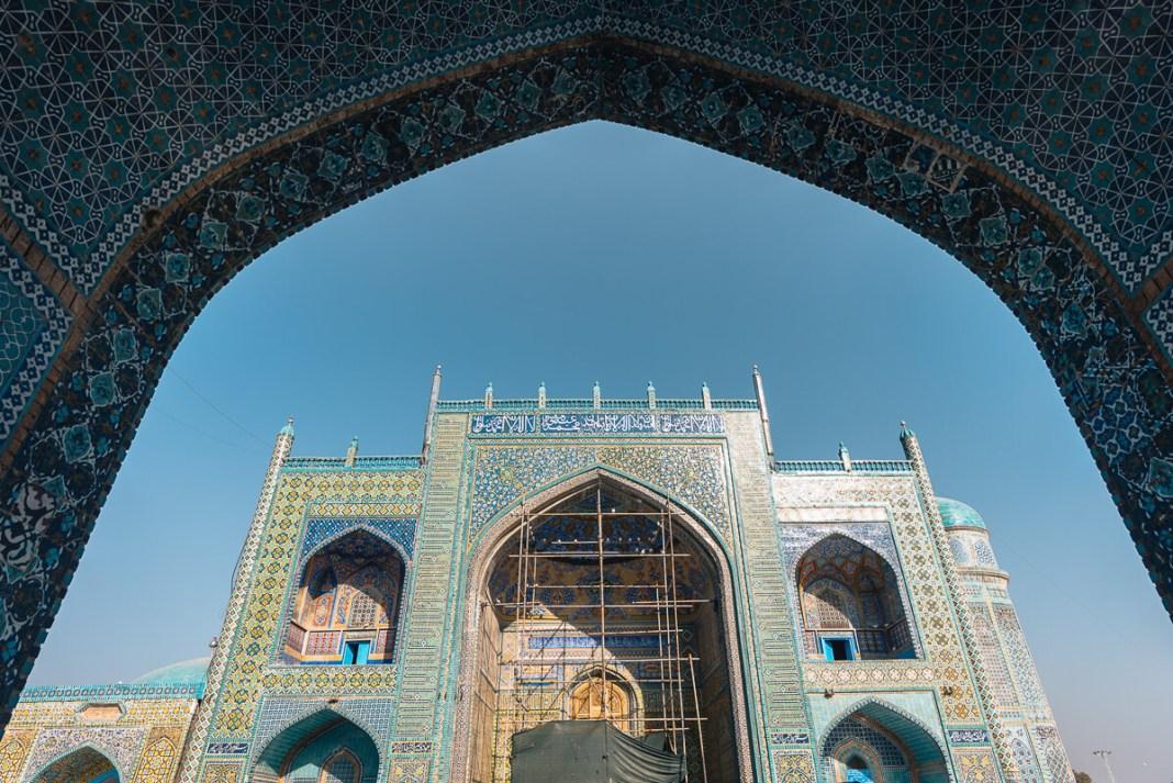afghanistan-blue-mosque-alen-tkalcec