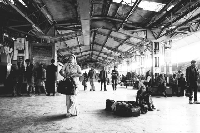 jhansi-railway-station-auntiegold-travel-india