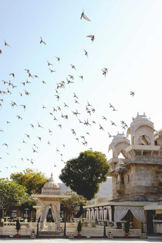 pichola-lake-at-udaipur-carmen-auntiegold-travel-india