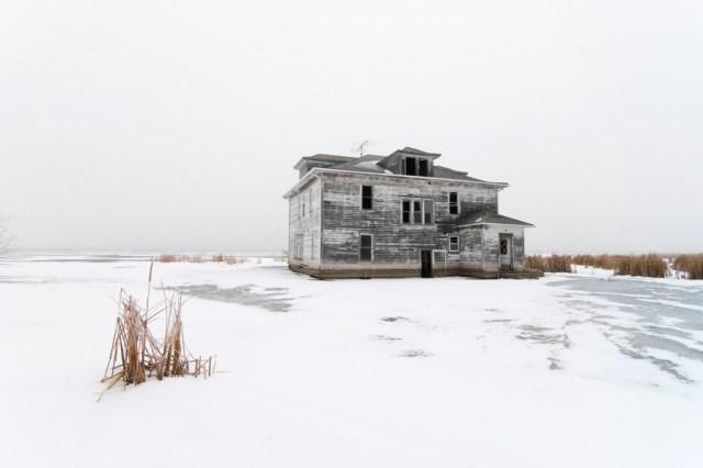 16-Paul-Johnson-Passion-Passport-Photo-Essay-Devils-Lake-North-Dakota-House