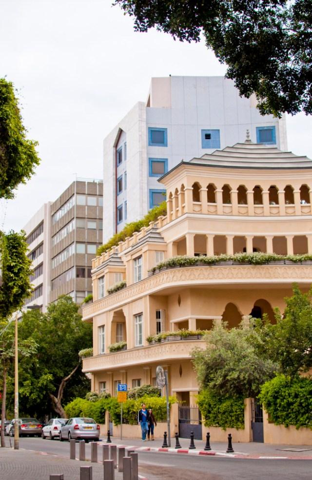 Sivan-Askayo-City-Perspectives-Tel-Aviv