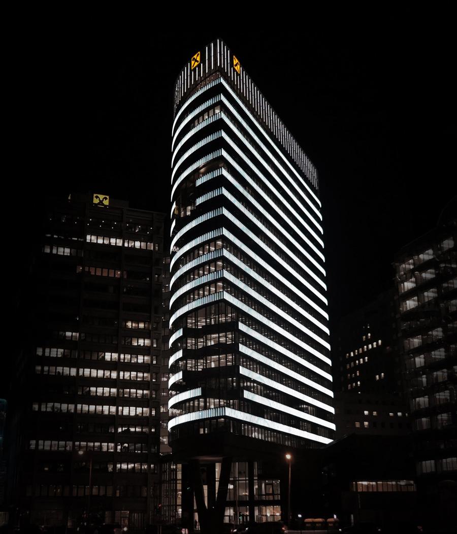 hight resolution of full raiffeisen tower photo by mvaha
