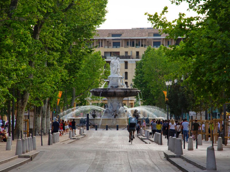 Beautiful towns in the South of France: Aix-en-Provence