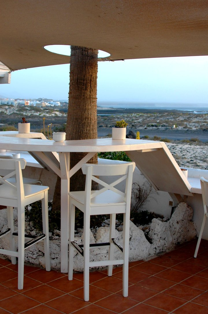 Azzurro Restaurant, El Cotillo, Fuerteventura Travel Guide and Photo Diary
