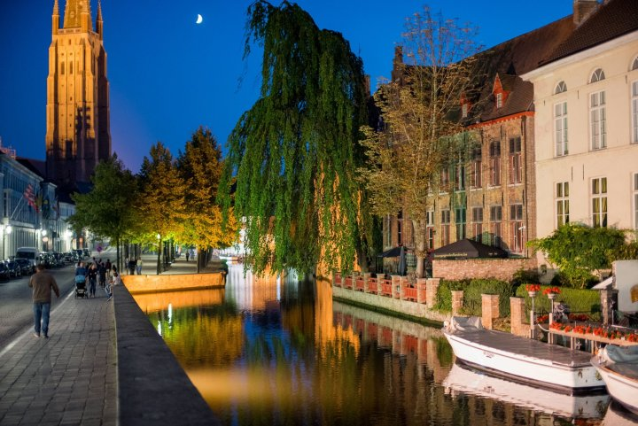 Bruges Canals at Night - A Travel Guide to Bruges, Belgium