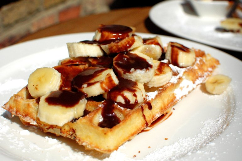 Belgian Waffles - The 6 Best Places to Eat and Drink in Bruges, Belgium