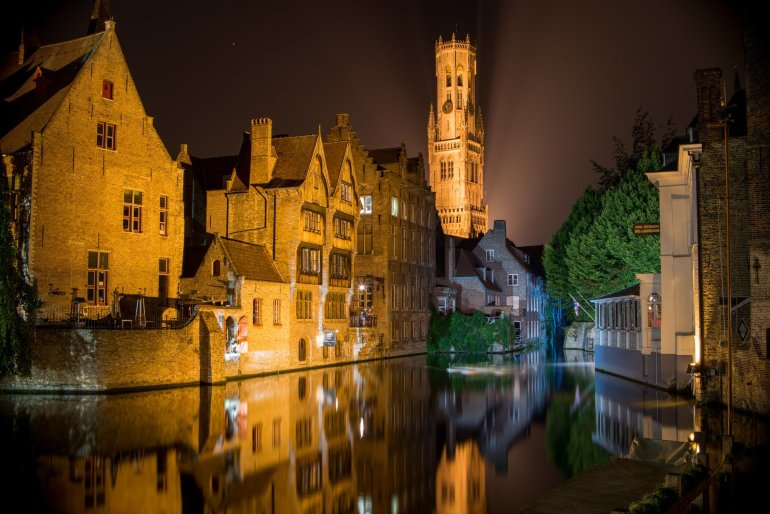 Rozenhoedkaai - The 6 Best Places to Eat and Drink in Bruges, Belgium