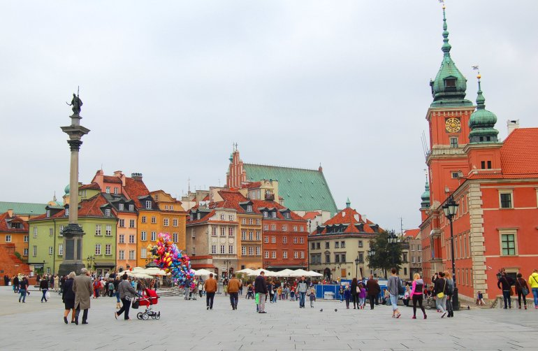 A colourful photo of Warsaw Old Town