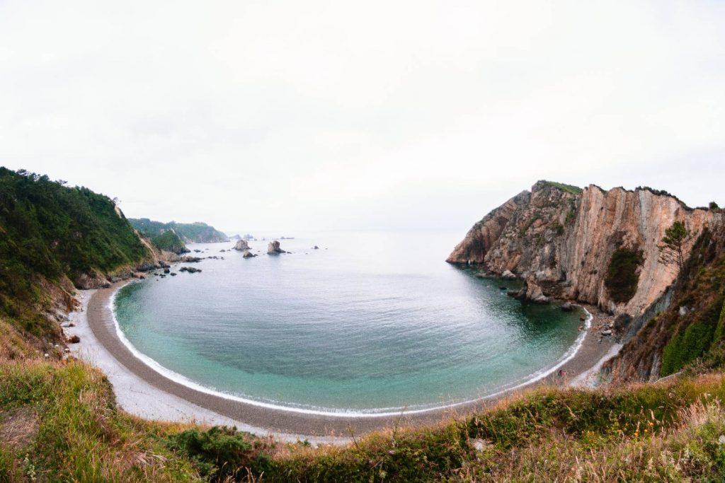 playa del silencio costa asturiana