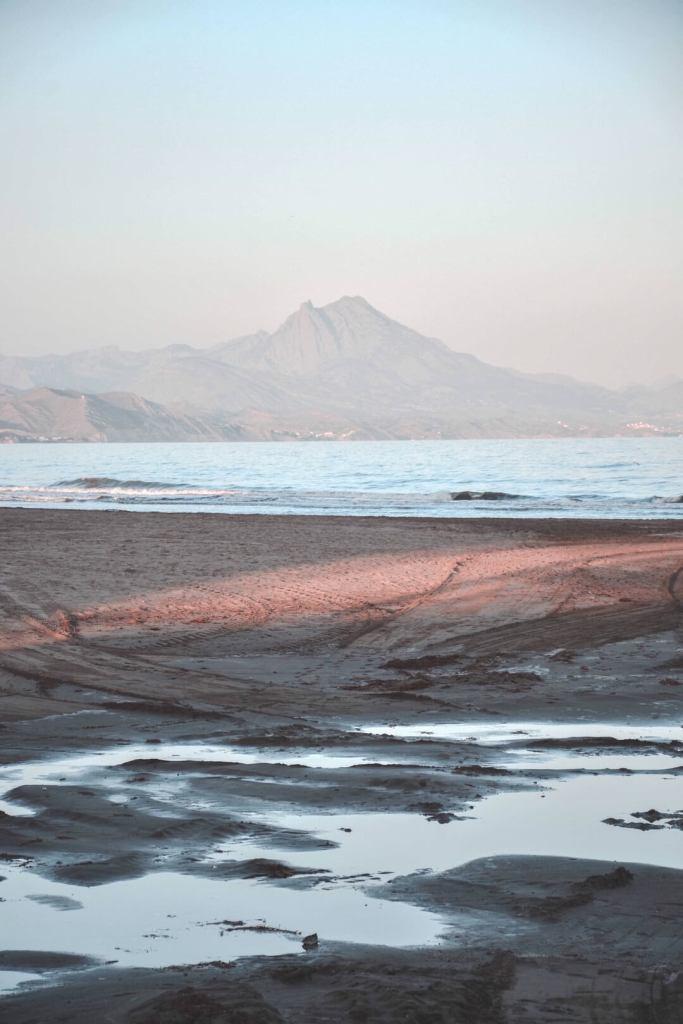 que ver playa san juan alicante