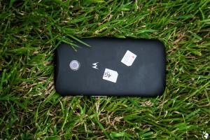Motorola Smartphone with two international sim cards