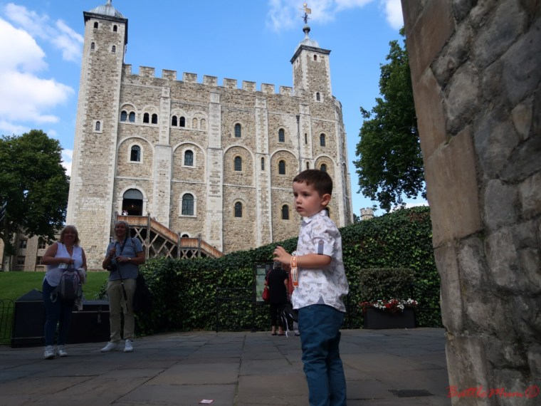 family day in london - BattleKid in front of the White Tower in the Tower of London
