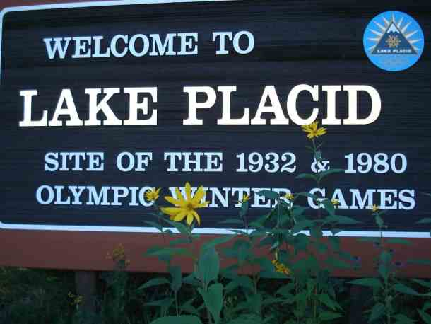 Lake Placed Welcome Sign