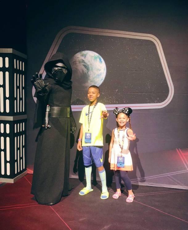 Galaxys Edge Opening Disney Parks