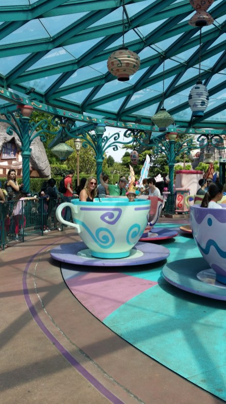 The Iconic Spinning Cups, Disney Paris