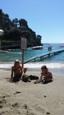 Paraggi Sand Castles!