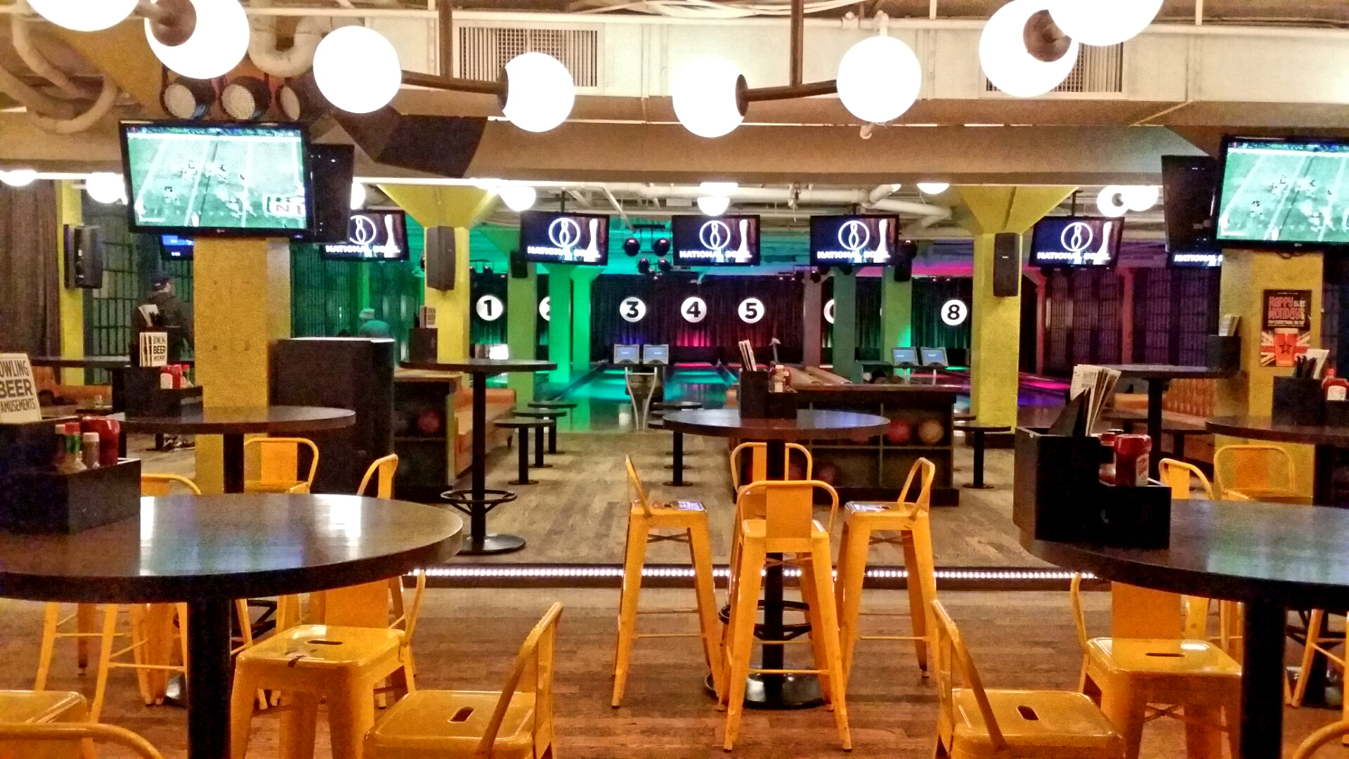 Bowling Alley, National on 10th, Calgary