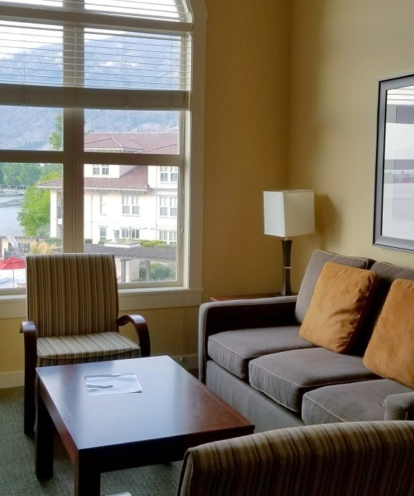 1 Bedroom, Lakeview Room, Walnut Beach Resort, Osoyoos, British Columbia